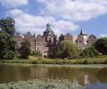 Westansicht Schloss mit See