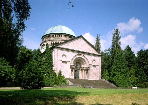 The Mausoleum in the castle garden