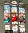 Buntglasfenster in der Stadtkirche
