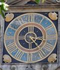 Uhr an der Stadtkirche