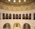 Innenraum des Mausoleum mit Kuppel
